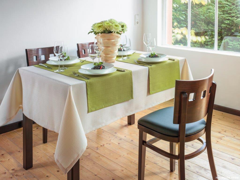 tischdecken sand bersicht der lieferbaren tischdecken qualit ten in farbe sand f r hotel. Black Bedroom Furniture Sets. Home Design Ideas