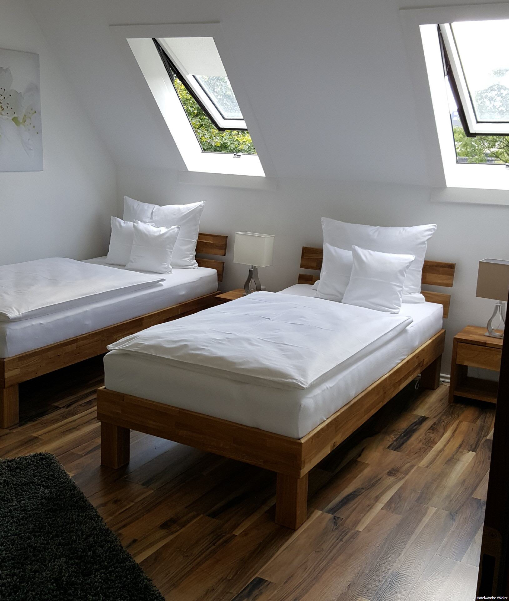 premium uni bettw sche venedig weiss uni satin f r hotel gastronomie gastrotex ihr. Black Bedroom Furniture Sets. Home Design Ideas